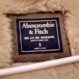 Abercrombie & Fitch Jackets & Coats - Abercrombie & Fitch Faux fur coat